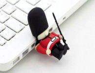 Как снять с флешки защиту от записи